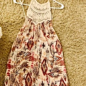 Patterned maxi dress with crochet neck